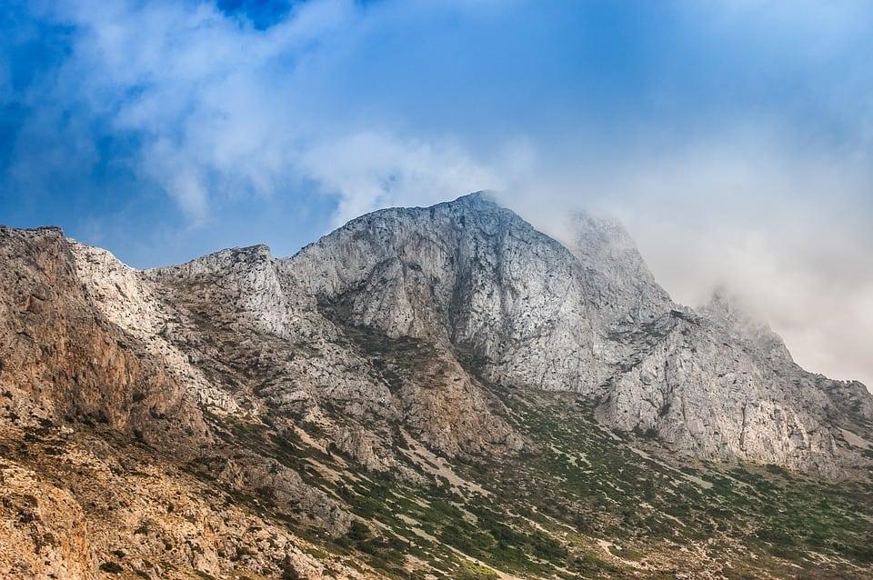 mountains-497924_960_720
