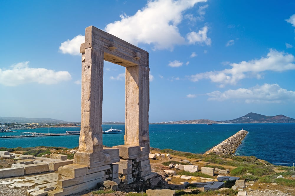 Naxos tours with GrecianLux