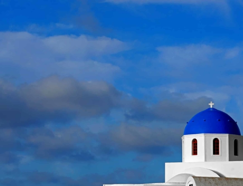 """The best """"Instagram"""" spots to snap a photo in Santorini"""