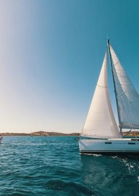 Sailing trips Santorini