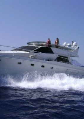 Luxury yacht charters in Elounda